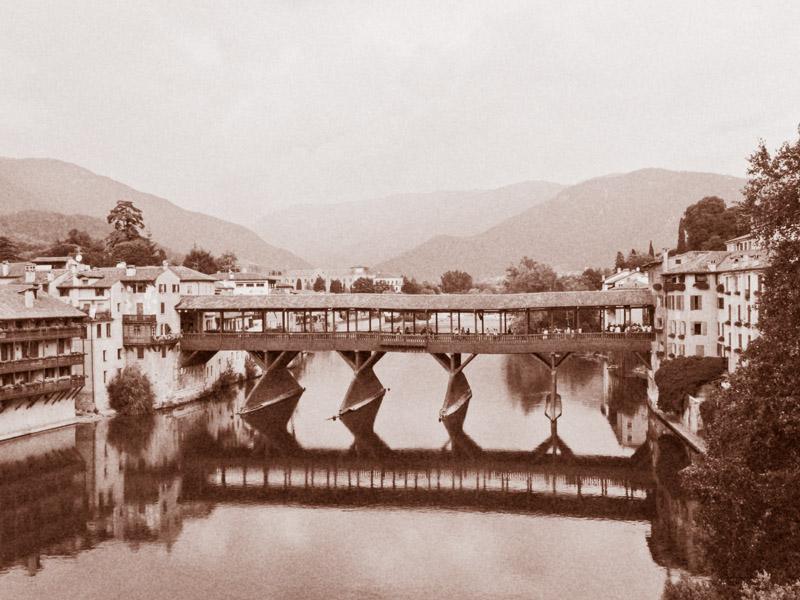 Ponte Vecchio, Ponte di Bassano, Ponte degli Alpini, Bassano del Grappa, Italië Bassano del Grappa, Italië