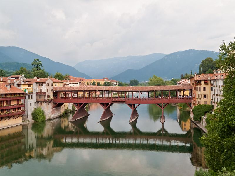 Ponte Vecchio, Ponte di Bassano, Ponte degli Alpini Bassano del Grappa, Italië